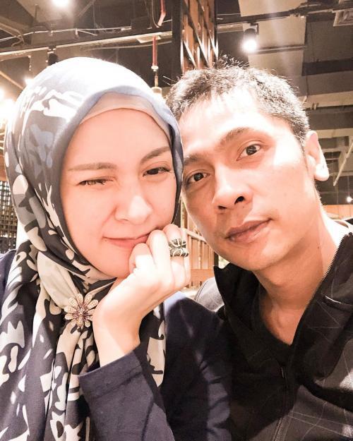 Donita dan suami