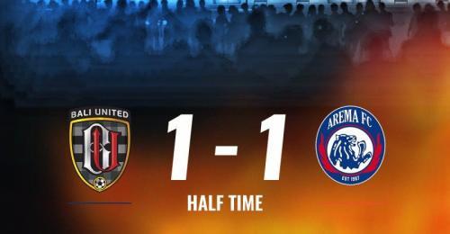 Hasil babak pertama Bali United vs Arema