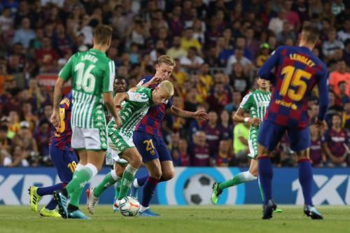 Suasana laga Barcelona vs Betis