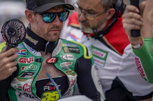 Cal Crutchlow belum tahu akan pensiun musim depan atau tidak (Foto: MotoGP)