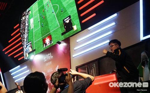 RRQ Eggsy Juarai FIFA 19 FUT