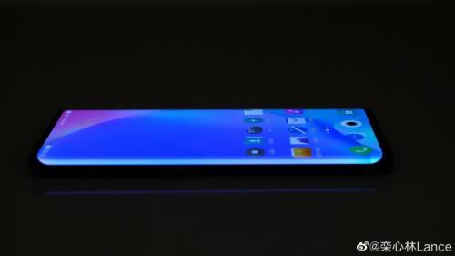 Vivo NEX 3 akan diluncurkan pada September dengan diperkuat sinyal 5G.