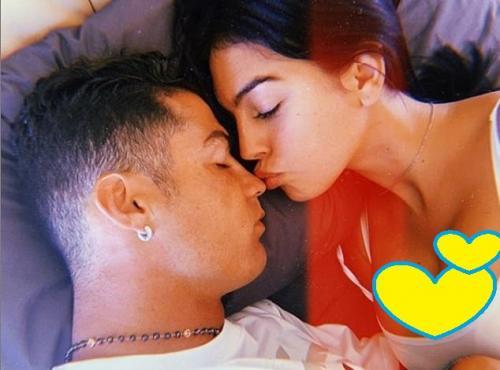 Georgina Rodriguez tidur