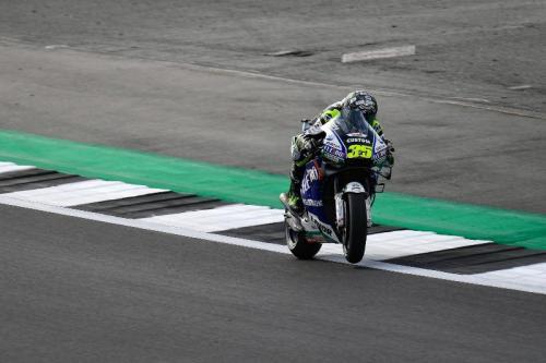 Cal Crutchlow mengeluhkan performa ban Michelin (Foto: MotoGP)