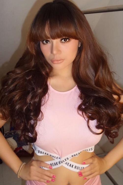 Dinar Candy mengaku, channel YouTubenya menampilkan kehidupan profesional dan keseksiannya. (Foto: Instagram/@dinar_candy)