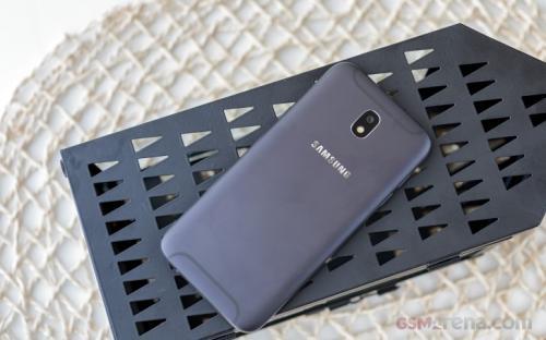 Para pengguna Samsung Galaxy J5 (2017) kini akan dapat memperbarui sistemnya ke Android 9 Pie.