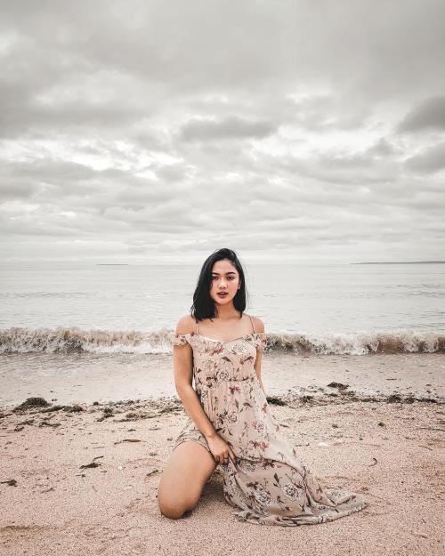 Marion Jola Floral Nude