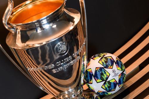Trofi Liga Champions (Foto: Twitter/@ChampionsLeague)