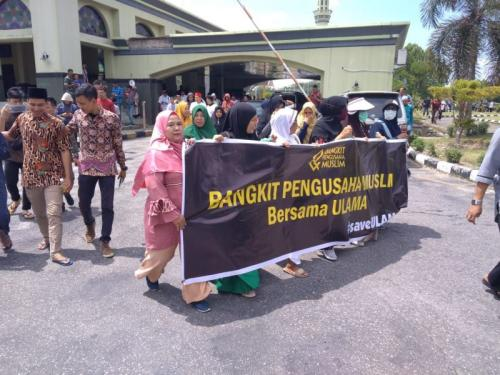Aksi Bela UAS di Pekanbaru, Riau (foto: Okezone.com/Banda Harudding Tanjung)