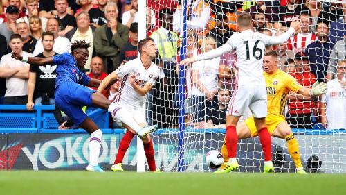 Tammy Abraham cetak gol ke gawang Sheffield (Foto: Premier League)