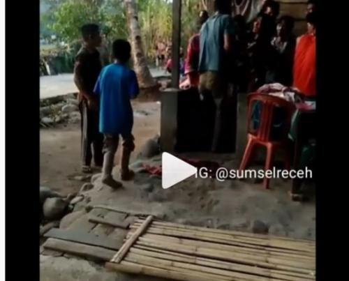 Gadis di Sumsel nyaris dilamar perempuan yang mengaku pria. (Instagram/@sumselreceh)