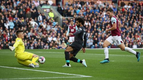 Mohamed Salah vs Burnley (Foto: Premier League)