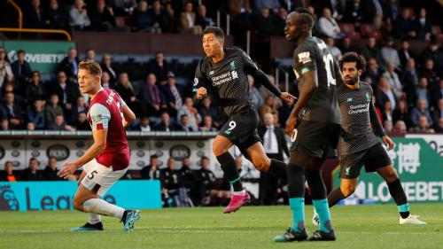 Roberto Firmino vs Burnley (Foto: Premier League)