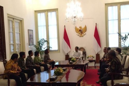 Presiden Jokowi menerima Pansel Capim KPK di Istana Merdeka (Foto : Okezone/Fakhri)