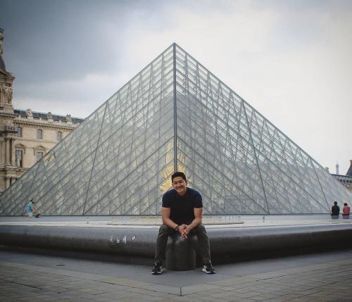 Dhuha Fatih di Paris