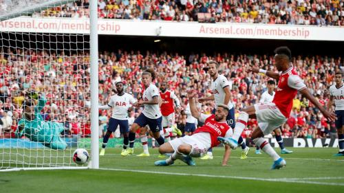 Peluang Pierre Emerick-Aubameyang vs Tottenham (Foto: Premier League)