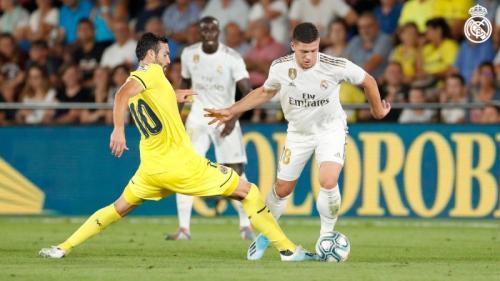 Suasana laga Villarreal vs Real Madrid