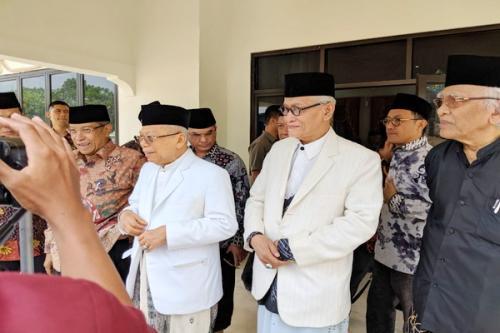 Para kiai sepuh di rumah Kiai Ma;ruf Amin