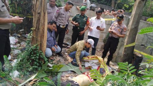 Penemuan Mayat di Tol jagorawi