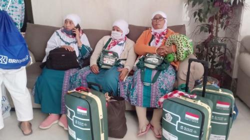 Jamaah Haji 2019 saat Hendak Pulang dari Arab Saudi ke Indonesia (foto: Okezone/Widi Agustian)