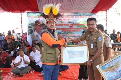 Kepala BNPB Letjen TNI Doni Monardo di Sentani Papua. (Foto: BNPB)