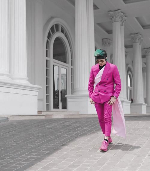 Atta Halilintar pink