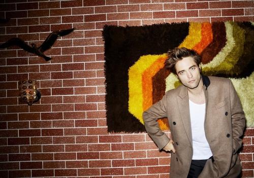 Robert Pattinson mengaku, penolakan bukan masalah besar untuknya. (Foto: Esquire Magazine)