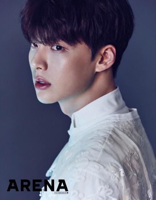 Ahn Jae Hyun siap menceraikan Goo Hye Sun. (Foto: ARENA)