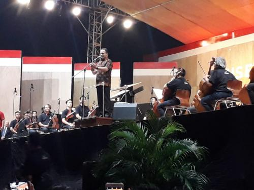Anies di konser akbar musik klasik
