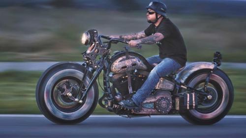 Motor Gede Harley Davidson Tatto