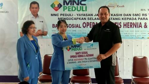 Operasi gratis hernia dan katarak yang digelar MNC Peduli melalui Yayasan Jalinan Kasih bekerja sama dengan Semarang Medical Center Rumah Sakit (SMC RS) Telogorejo, Jawa Tengah (foto: iNEws/Taufik Bud