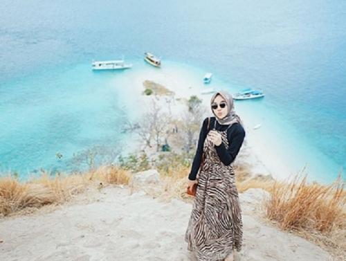 Outfit Diandra di Pulau Kelor