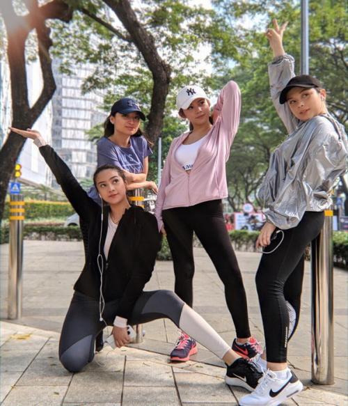 Anya Geraldine dan teman-temannya juga sengaja pergi jogging bareng