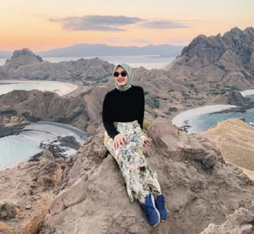 Diandra pakai hijab hijau