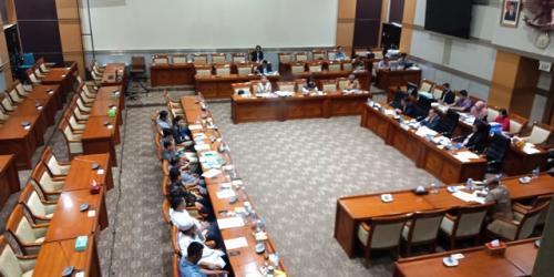 RDPU Komisi III DPR RI dengan IPW. (Foto: Muhamad Rizky/Okezone)