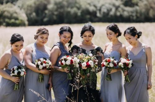 Menurutnya, seharusnya pesta pernikahan adalah pesta yang diinginkan sang mempelai.