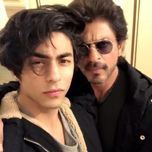 Berbeda dengan Shah Rukh Khan, Aryan lebih memilih menjadi filmmaker. (Foto: Instagram/@iamsrk)