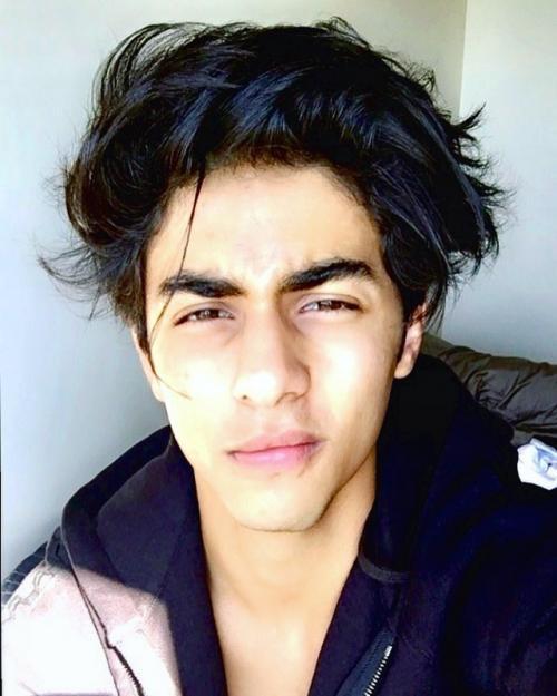 Tampannya Aryan Khan si calon sineas muda Bollywood. (Foto: Instagram/@__aryan__)