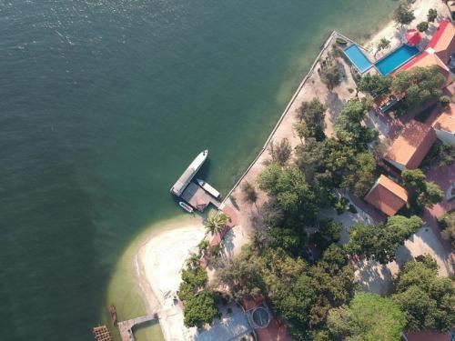 Pulau dari atas