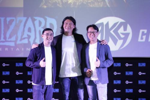 Salim Group melalui AKG Games bekerjasama dengan Blizzard Entertainment yang merupakandeveloper game asal Amerika Serikat (AS).