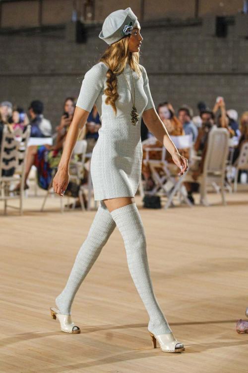 Model di atas catwalk