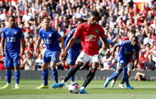 Man United menang 1-0 atas Leicester berkat gol penalti Marcus Rashford di babak pertama