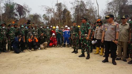 Panglima TNI Hadi Tjahjanto bersama Kapolri Tito Karnavian (Foto: Puspen TNI)