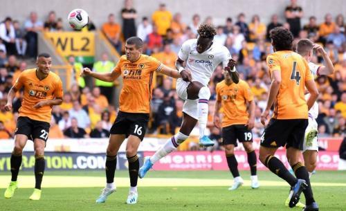 Tammy Abraham vs Wolverhampton (Foto: Premier League)