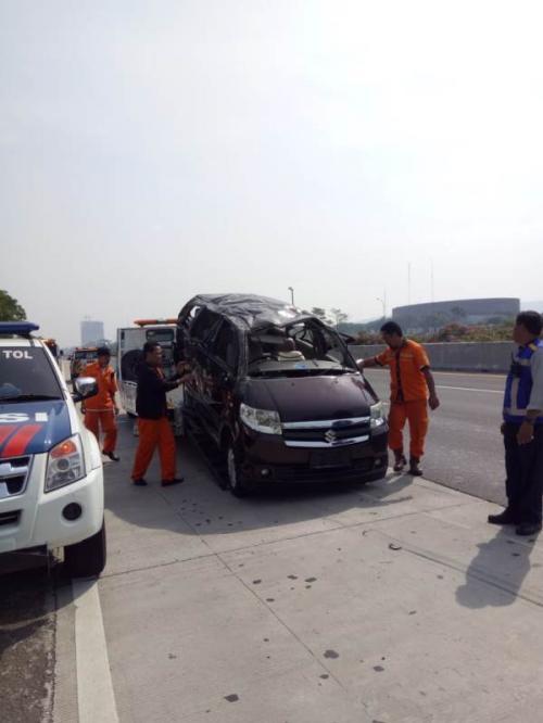 Kecelakaan Mobil