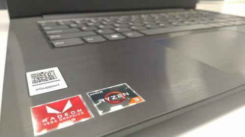 Lenovo merilis perangkat laptop terbaru yang dijuluki dengan nama Lenovo V330-14ARR.