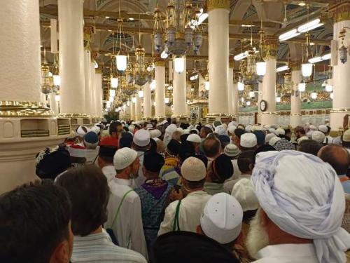 Jamaah haji Indonesia di Masjid Nabawi, Kota Madinah. (Foto: Widi Agustian/Okezone)