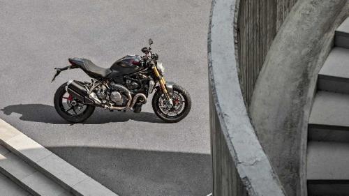 Ducati 1200S