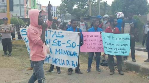 Demo di Sorong Papua Dibubarkan Polisi (foto: iNews/Chanry)