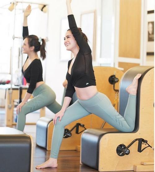 Perempuan pilates